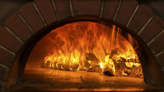 wood fired oven 570x321